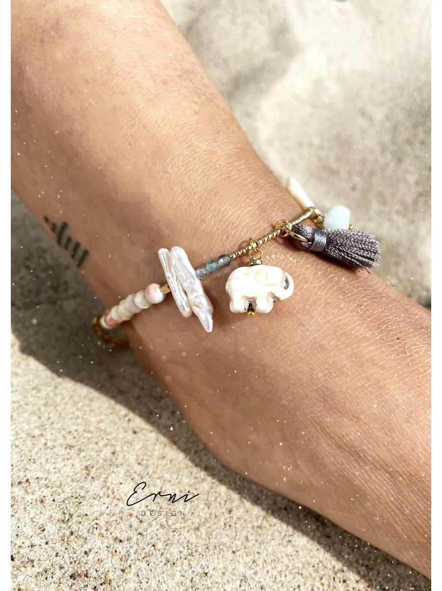 """Apyrankė ant kojos ,,White elephant"""""""