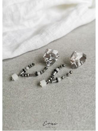 Auskarai su hematito akmenukais