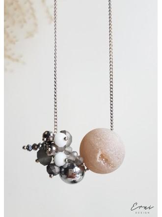 """Pakabukas su kristalizuotu agato akmeniu ,,Two bubble - light shiny"""""""