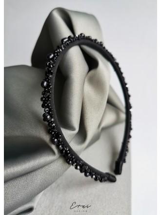 """Plaukų lankelis siuvinėtas perlais ,,Black"""""""