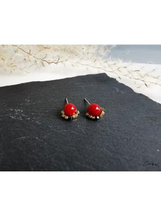 Auskarai su raudonojo koralo ir hematito akmenukais