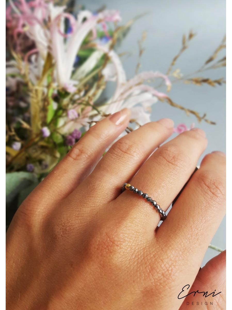 """Žiedas su hematito akmenukais ,,Ilja"""""""