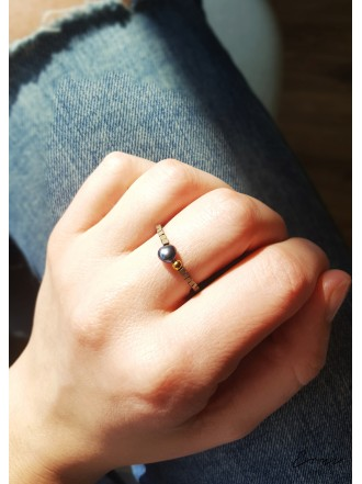 """Žiedas su hematito akmenukais ,,Rėja"""""""