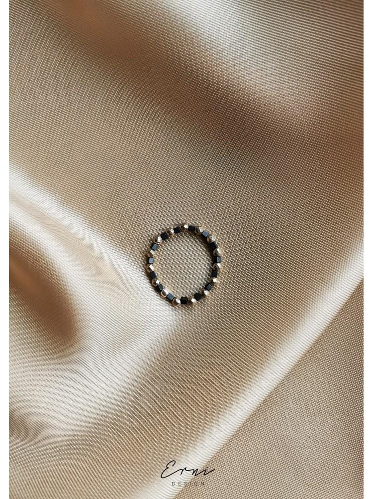 """Žiedas su hematito akmenukais ,,Barbara"""""""