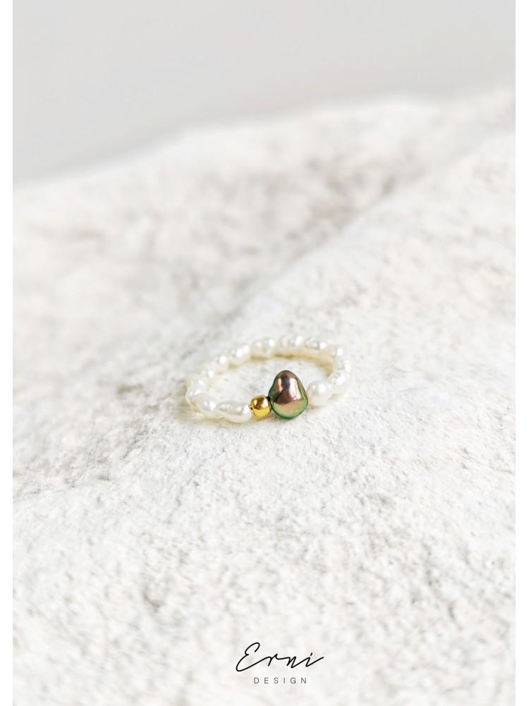 """Žiedas su upiniais perlais ,,Selena"""""""